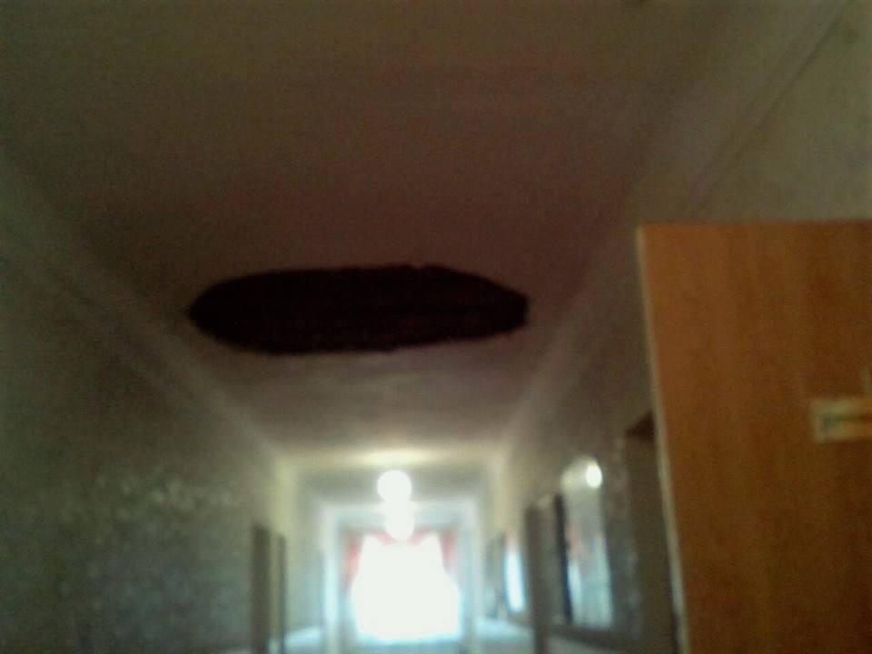 В СОШ № 29 обвалился потолок
