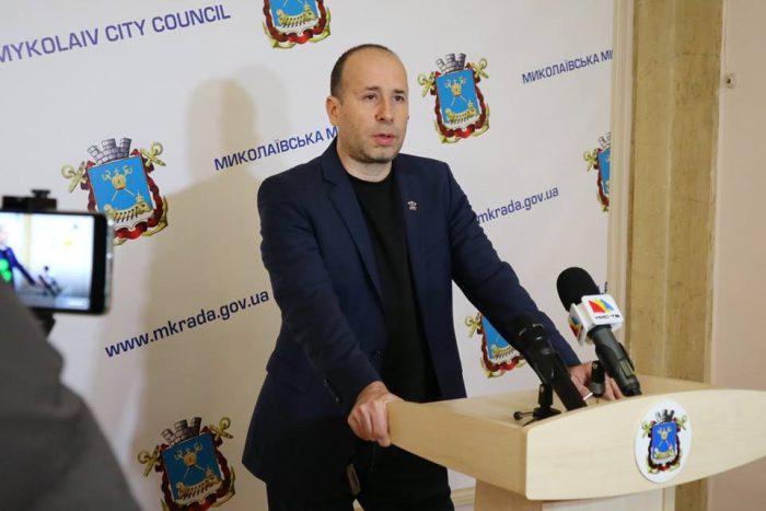 Директор «антикоррупционного» департамента получил в 2018 году более 230 тысяч зарплаты