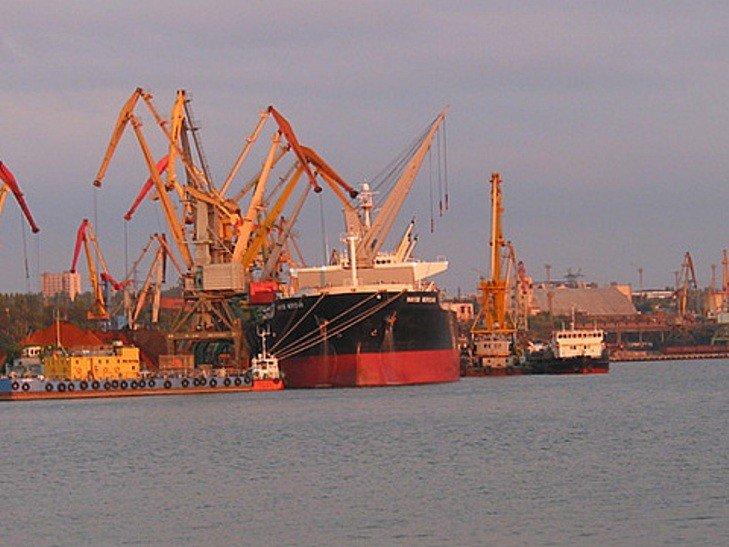 Бизнесмен с уставным фондом фирм в 1000 грн пообещал масштабно инвестировать в морпорт «Николаев»