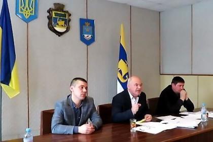 На Николаевщине глава райсовета назвал школу зданием и предложил ее купить