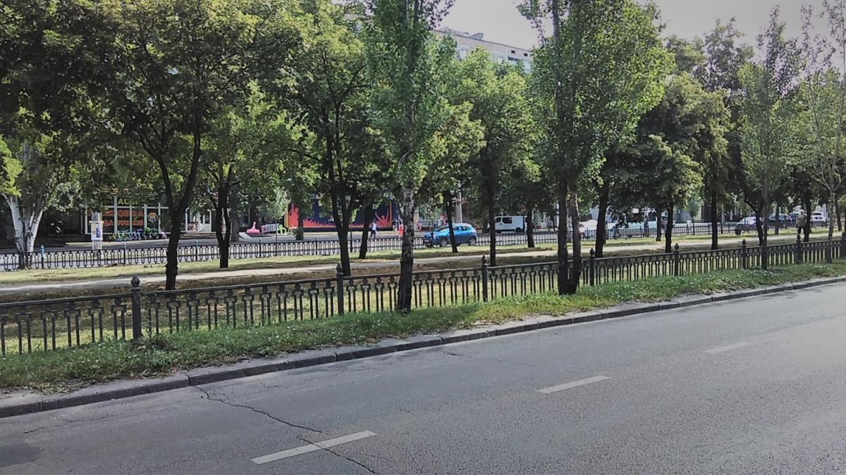 На нескольких кварталах проспекта Центрального обновят тротуар