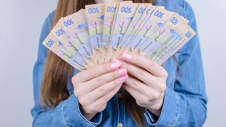 Правительство выплатит соцпомощь молодым педагогам
