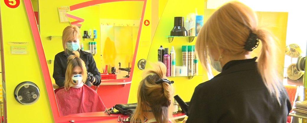 У Миколаєві відкрились салони краси і перукарні