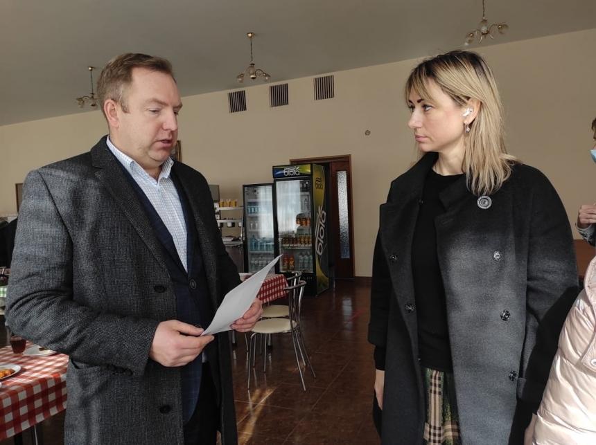 Домбровская обнародовала зарплаты в николаевском КОПе