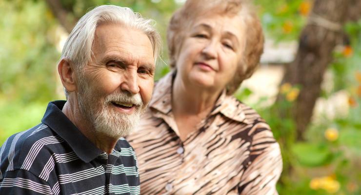 Больше половины украинцев могут остаться без пенсий