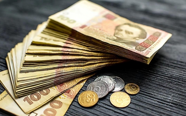 В Николаеве продолжают расти долги по зарплатам