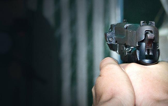 Сотрудник полиции застрелил из табельного оружия гражданского