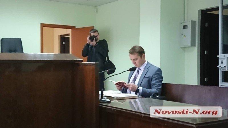 В Николаеве адвокат, которого подозревают в присвоении квартир, «попался» на аналогичном преступлении