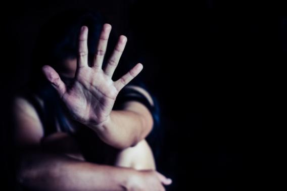 Прокуратура требует лишения свободы для насильников, которые превратили в ад жизнь родственников
