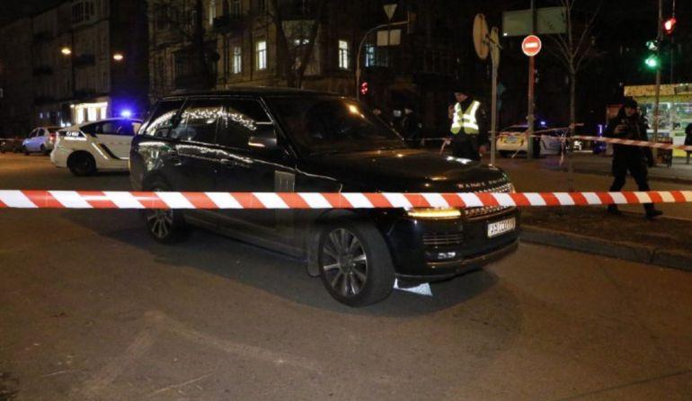 В центре Киева обстреляли Range Rover, погиб трехлетний сын депутата Соболева