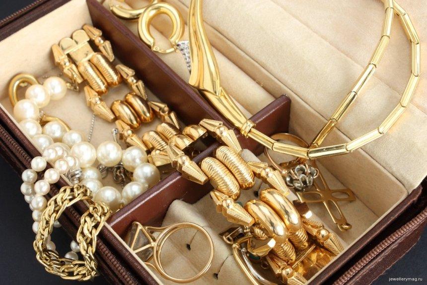 У безработной жительницы Николаева украли $30 тыс. и шкатулку золота