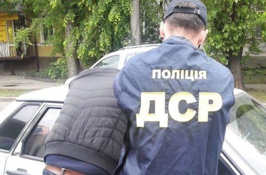 У Миколаєві впіймали «на гарячому» інспектора ДЖКГ