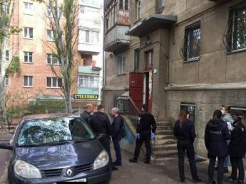 В Армении близкие убитого следователя ворвались в больницу и перерезали горло убийцам