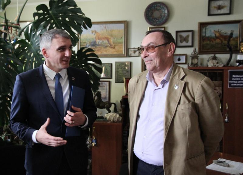 Как директор Николаевского зоопарка с чиновниками горисполкома присваивали бюджетные деньги