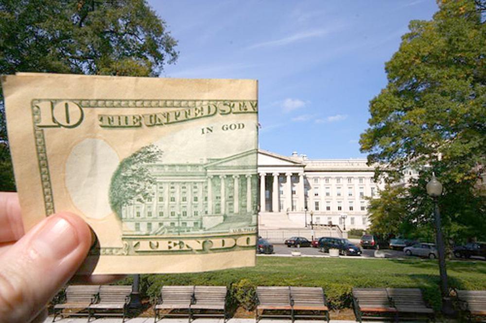 В США хакеры взломали Министерство финансов и управление по телекоммуникациям