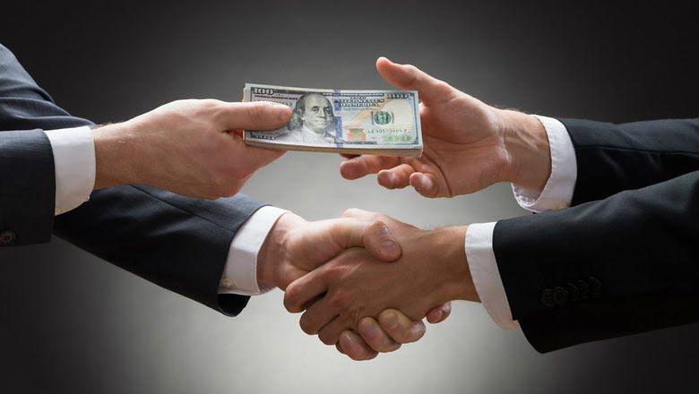 «Небезразличные сотрудники» николаевской исполнительной службы обвинили руководство в коррупции