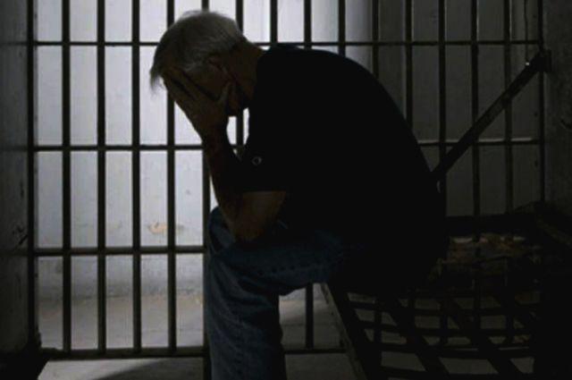 В Николаеве грабитель, отобравший у знакомой 1000 гривен, получил 4 года тюрьмы