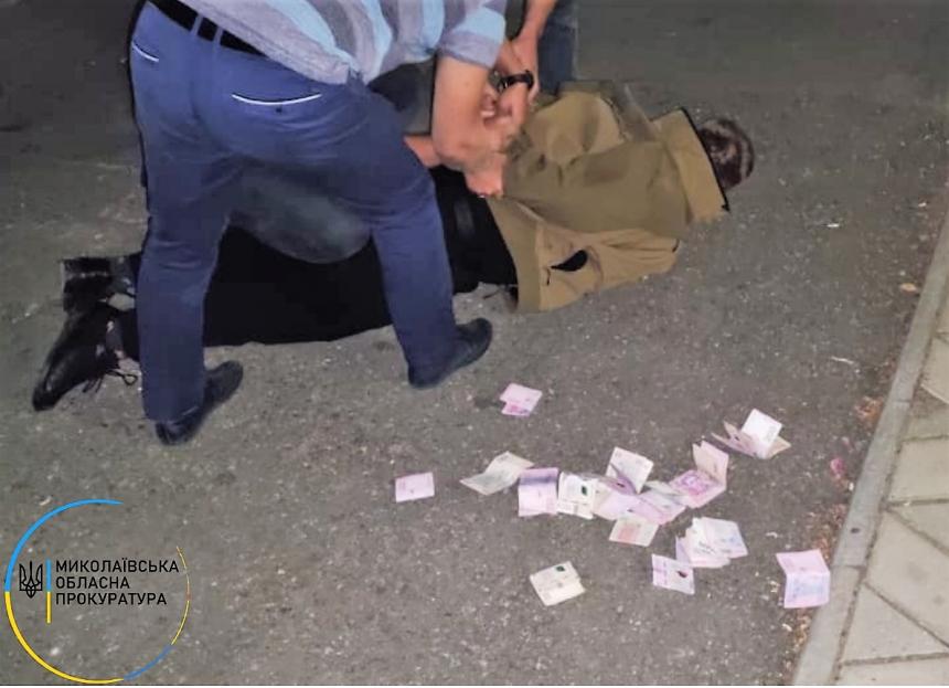 Замначальника райотдела полиции в Николаевской области требовал взятки от подчиненных