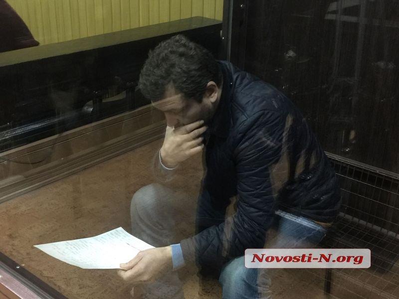 В Николаеве избирают меру пресечения директору Аэропорта, давшему взятку губернатору