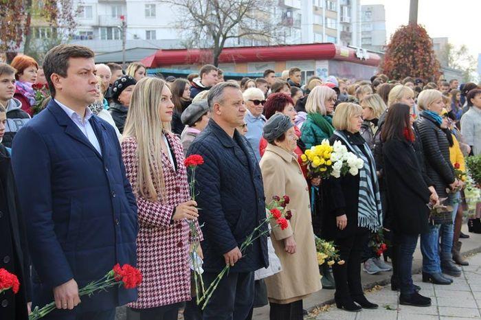 В Корабельном районе почтили память воинов-освободителей