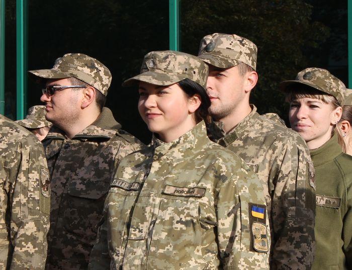 Бойцы АТО получат в октябре праздничные премии