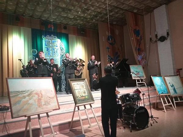 В Корабельном районе ученики школы искусств положили на музыку стихи Дмитрия Кремня