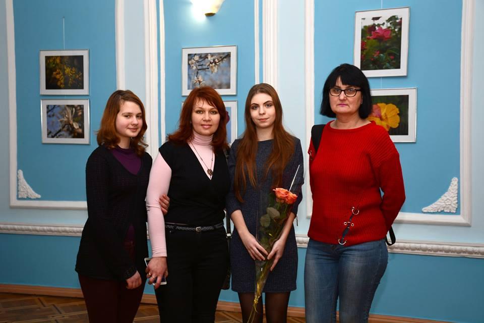 В Николаеве открылась первая персональная выставка фоторабот Анастасии Моклюк