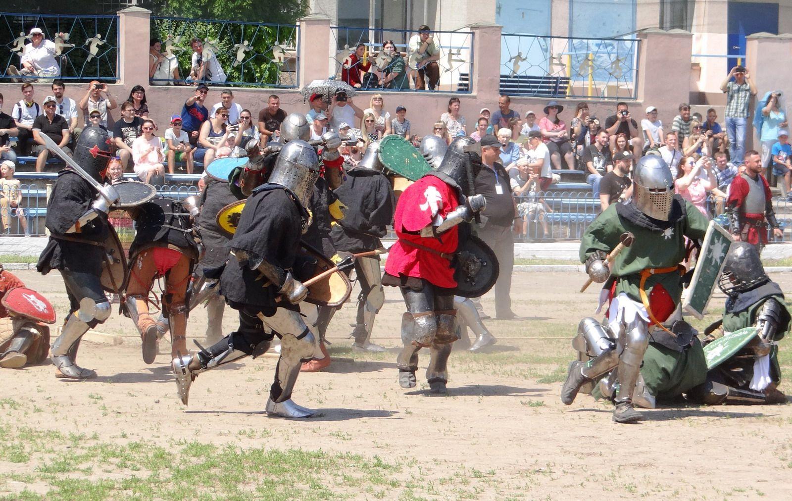 У Миколаєві з успіхом проходить IV Міжнародний фестиваль історичного середньовічного бою «Кубок Ольвії – 2019»
