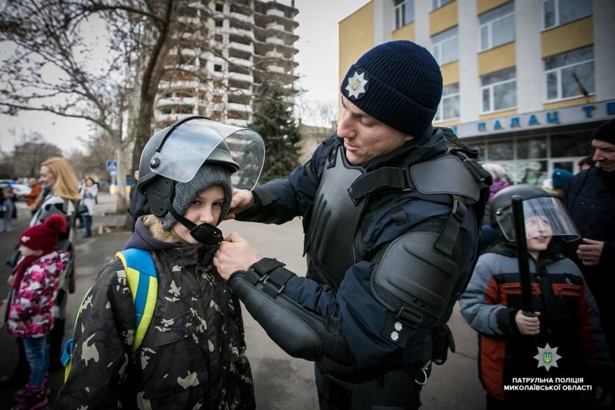 «Рождество с патрульными»: в Николаеве состоится праздничная акция