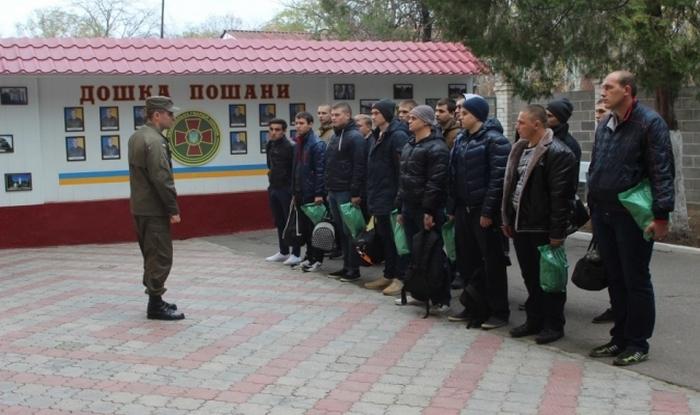 В полк Николаевской нацгвардии прибыло молодое пополнение