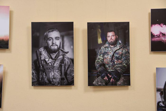 В Николаеве открылась фотовыставка, посвященная боевым действиям в зоне АТО (ФОТО)