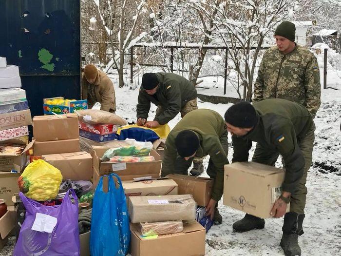 Миколаївські волонтери доставили черговий вантаж у засніжену Авдіївку