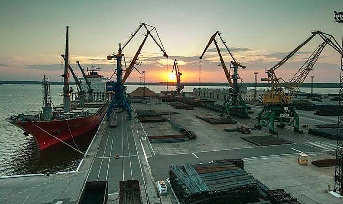 Прокуратура обвинила руководителя «Николаевского морского торгового порта» в нанесении ущерба на 4 млн