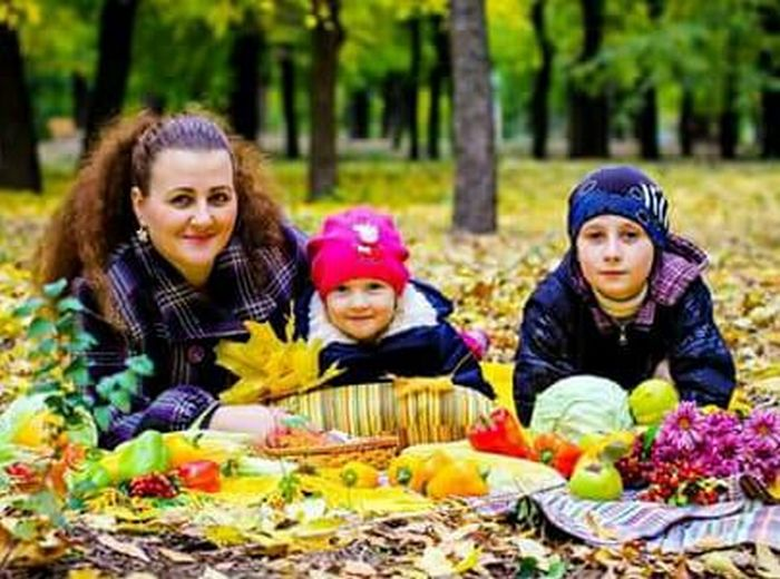 Семья просит помощи с лечением матери и дочки, которые находятся в больнице