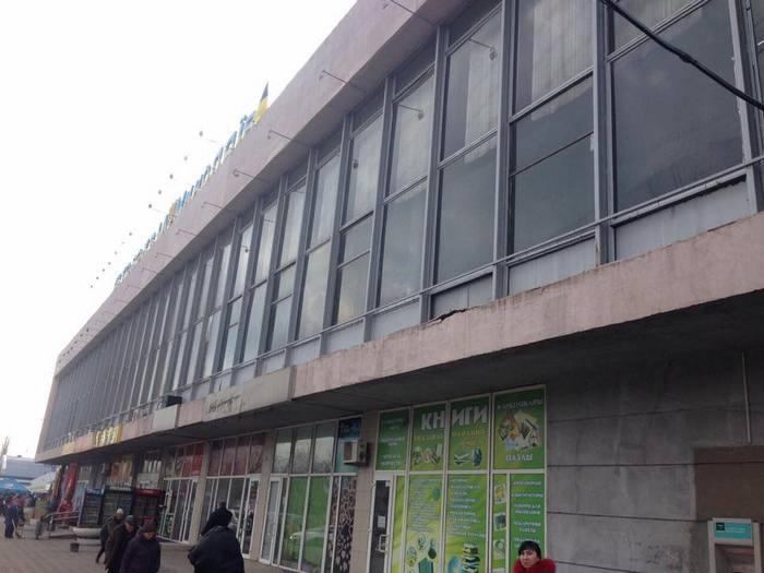 Обещание начальника управления инфраструктуры закрыть автовокзал, руководство последнего «зашевелилось»