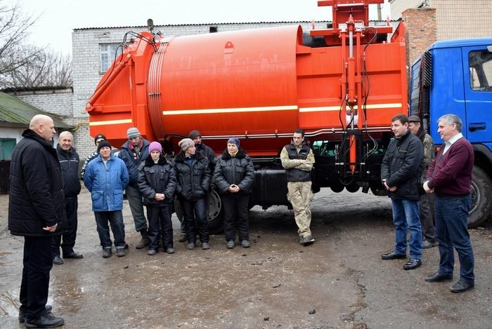 В Баштанке купили мусоровоз за деньги госфонда в рамках соответствующего проекта