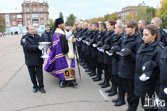 У свято Покрову Пресвятої Богородиці в єпархіях УПЦ молилися за захисників України