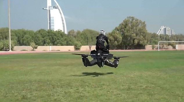 В Дубае копов уже учат управлять летающими «мотоциклами» за $150000 (ВИДЕО)
