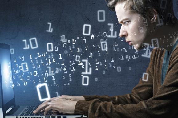 Розумні та завзяті: українські програмісти посіли перше місце у світовому рейтингу