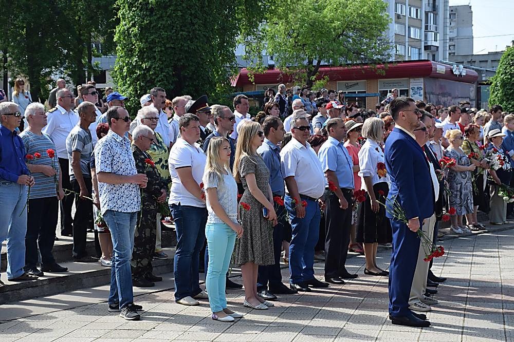 В Корабельном районе Николаева почтили память погибших и поздравили ветеранов с Днем Победы