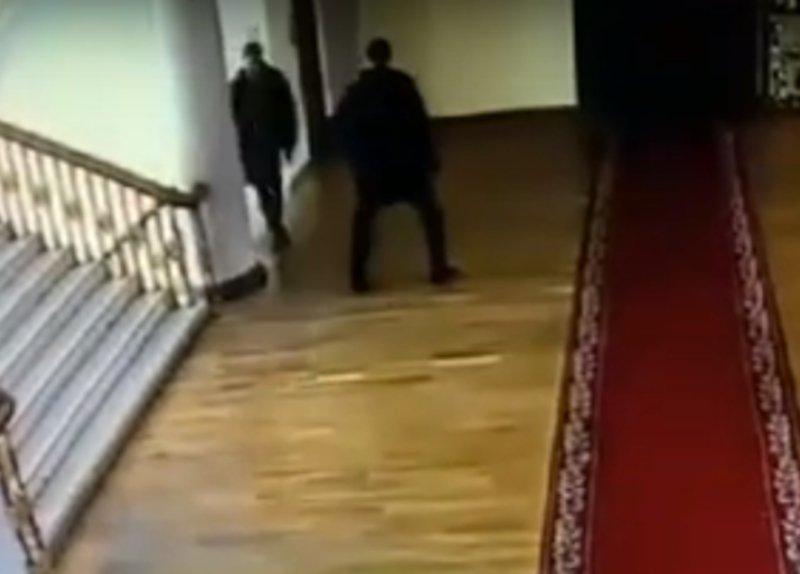 В Николаевском горисполкоме подрались депутат и начальник антикоррупционного департамента