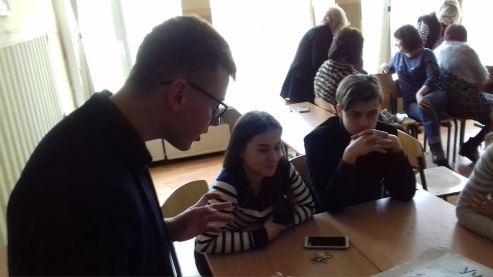 Високу планку взявся утримати колектив педагогів Миколаївської ЗОШ №1 ім. О. Ольжича