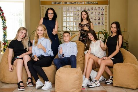 Миколаївські школи отримали подарунки за екологічну відповідальність