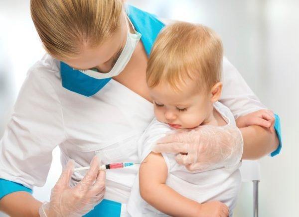 В николаевском облздраве напомнили: дети без прививок не могут посещать школы и детсады