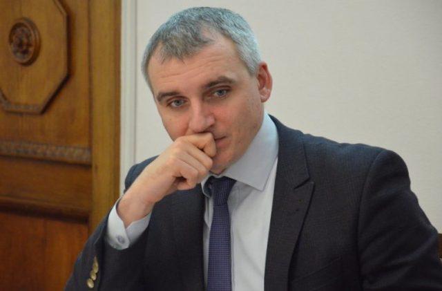 Сенкевич не явился в Корабельный районный суд по незаконно выданной им квартире