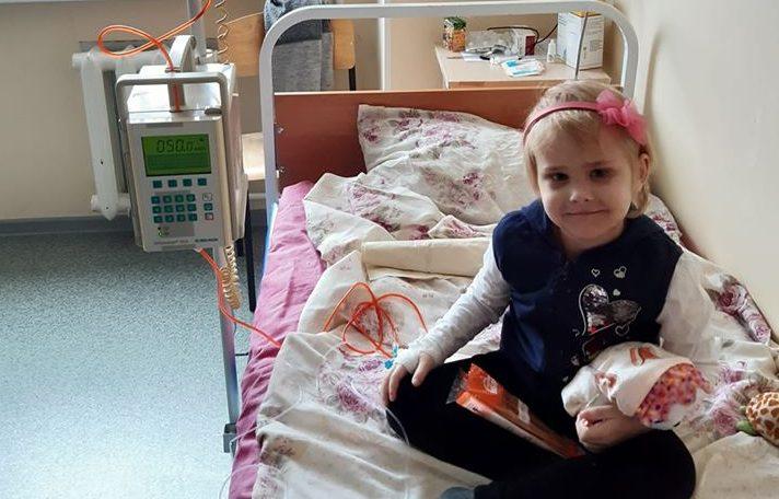 Четырехлетняя Аленушка из Корабельного района получила шанс на выздоровление
