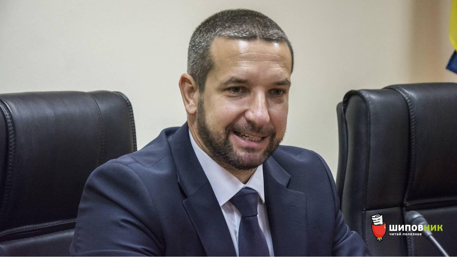 Николаевцы призвали губернатора Стадника говорить на украинском языке во время исполнения служебных обязанностей