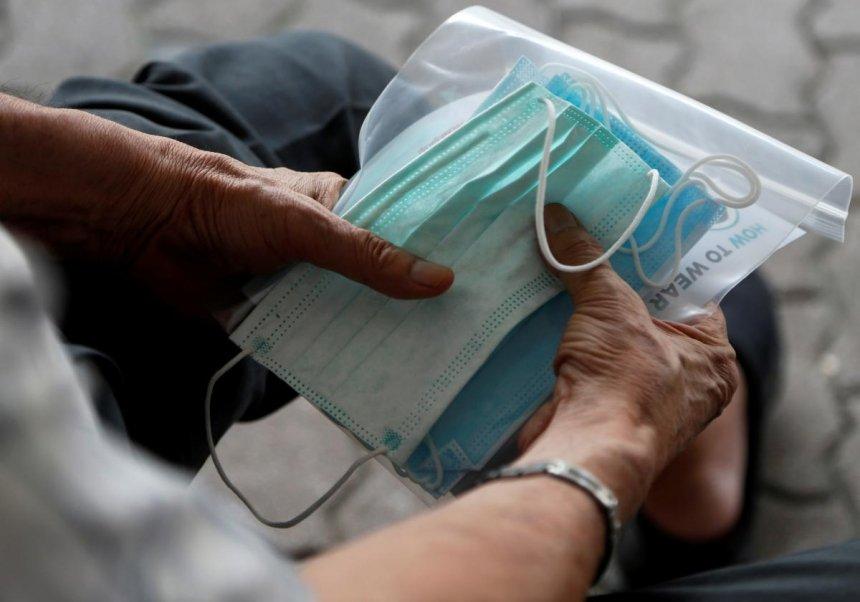 В Николаеве по-прежнему нет защитных масок: в аптеках советуют шить ватно-марлевые повязки