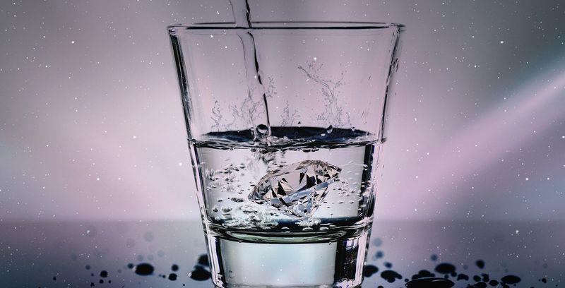 Кто пьет воду по утрам, тот поступает мудро