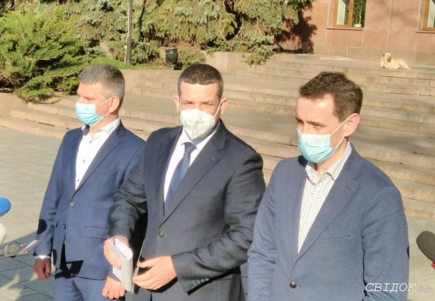 Главный санврач страны призвал облсовет выделить деньги на медиков